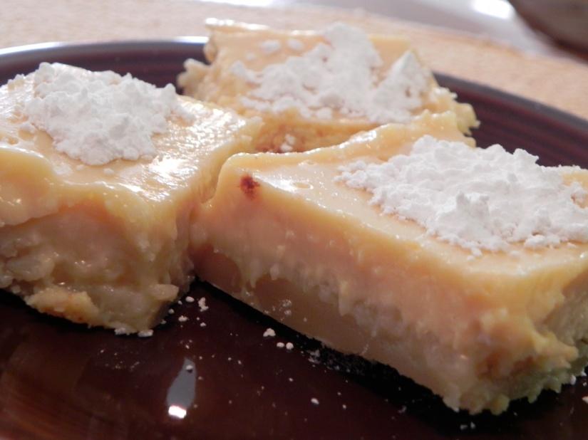 Creamy Lemon Squares | thepajamachef.com