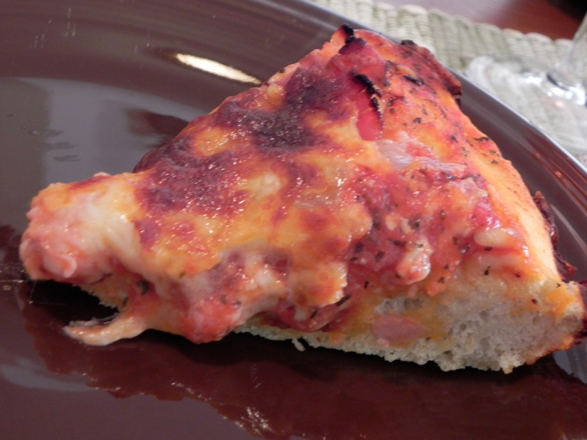 The Bestest Pizza Sauce Ever + a Pizza How-To