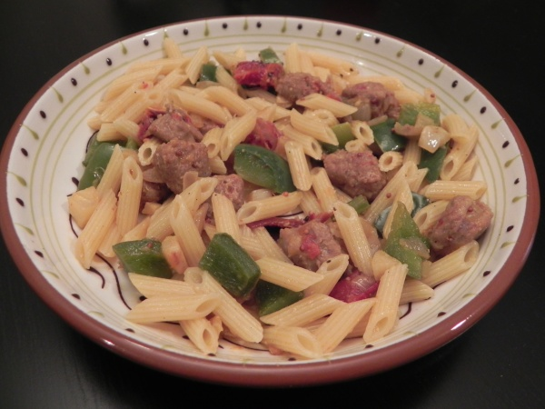 Sausage Pepper Penne - an easy weeknight dinner - via thepajamachef.com
