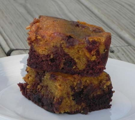 Pumpkin Brownies via thepajamachef.com