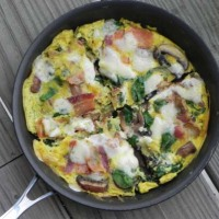 Baby Bella, Spinach, and Bacon Frittata
