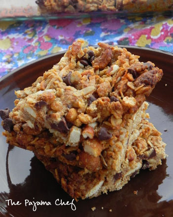 Peanut Butter Pretzel Granola Bars | The Pajama Chef