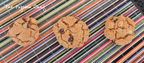 Flourless Peanut-Chocolate Cookies | thepajamachef.com