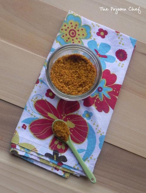 Coconut Curry Popcorn | thepajamachef.com