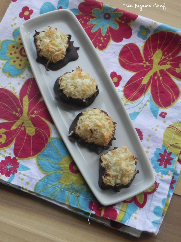 Dark Chocolate Double Coconut Macaroons | thepajamachef.com