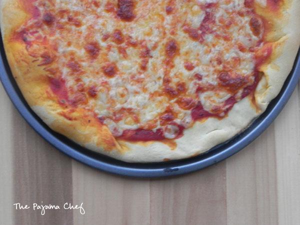 Best Ever Homemade Pizza   thepajamachef.com