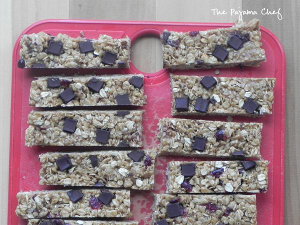 Chewy Coconut Oil Granola Bars | thepajamachef.com