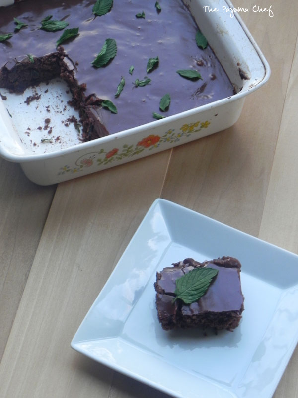Fudgy Fresh Mint Brownies | thepajamachef.com