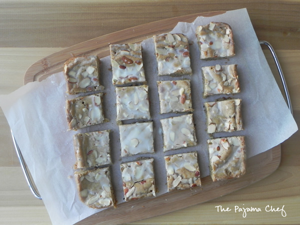 Coffee Blondies via The Pajama Chef - If you like coffee, then you will love these rich and sophisticated glazed coffee blondies. They're delicious!