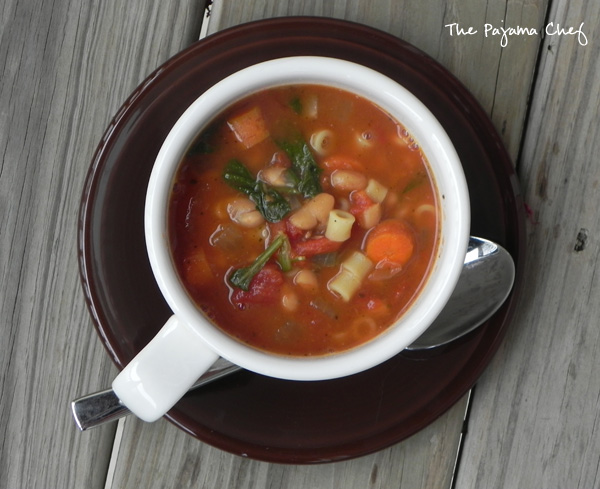 Crockpot Minestrone Soup #winter #recipes #easy #soup | thepajamachef.com