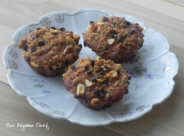 Peanut Butter Chocolate Chip Streusel Muffins | thepajamachef.com