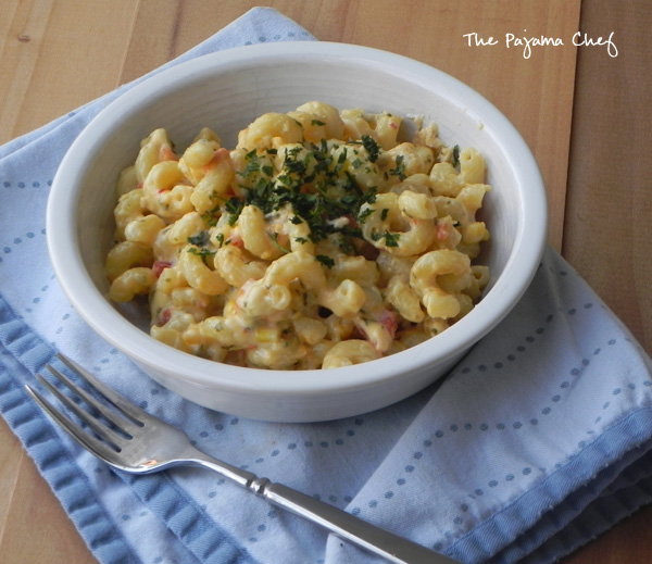 Southwest Cilantro Mac and Cheese for #HotSummerEats on thepajamachef.com