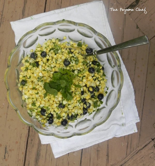 Corn and Blueberry Salad... a summer side you don't want to miss! #salad #healthy #bbq