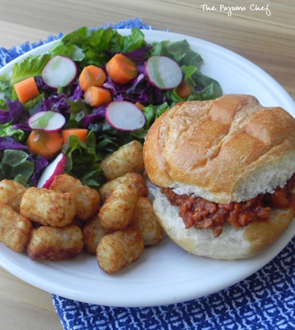 Turkey Sloppy Joes | an easy, healthy meal that everyone will love! | thepajamachef.com