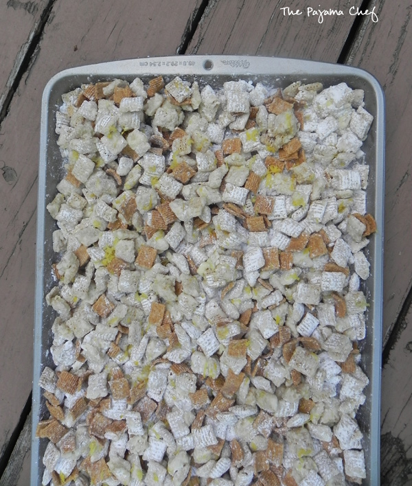 Lemon Meringue Pie Puppy Chow  - easier than pie, but just as delicious! #bookclubcookbookCC | thepajamachef.com