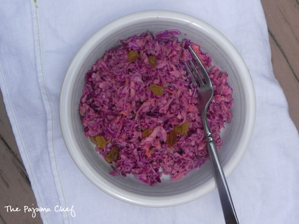 Red Cabbage, Raisin, and Apple Slaw | thepajamachef.com