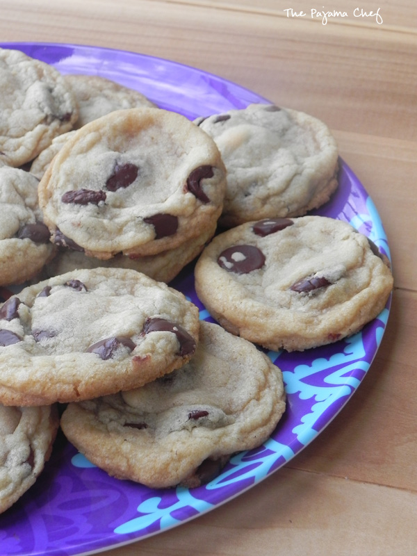 These soft and chewy coconut oil chocolate chip cookies are absolutely wonderful! My new favorite! :) Find the #recipe on thepajamachef.com