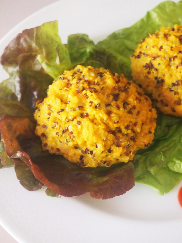 Healthy Baked Tuna Quinoa Cakes - Weekly Menu Plan - great eats, all week long brought to you by some of your favorite bloggers like thepajamachef.com!