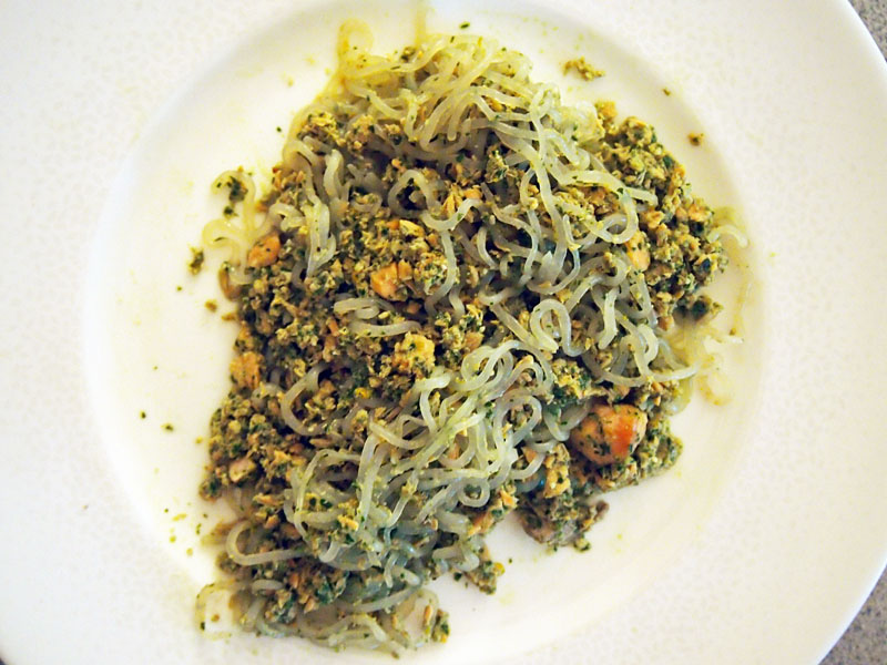 Lots of delicious meal ideas on thepajamachef.com for this week's eats like this Pesto Pasta