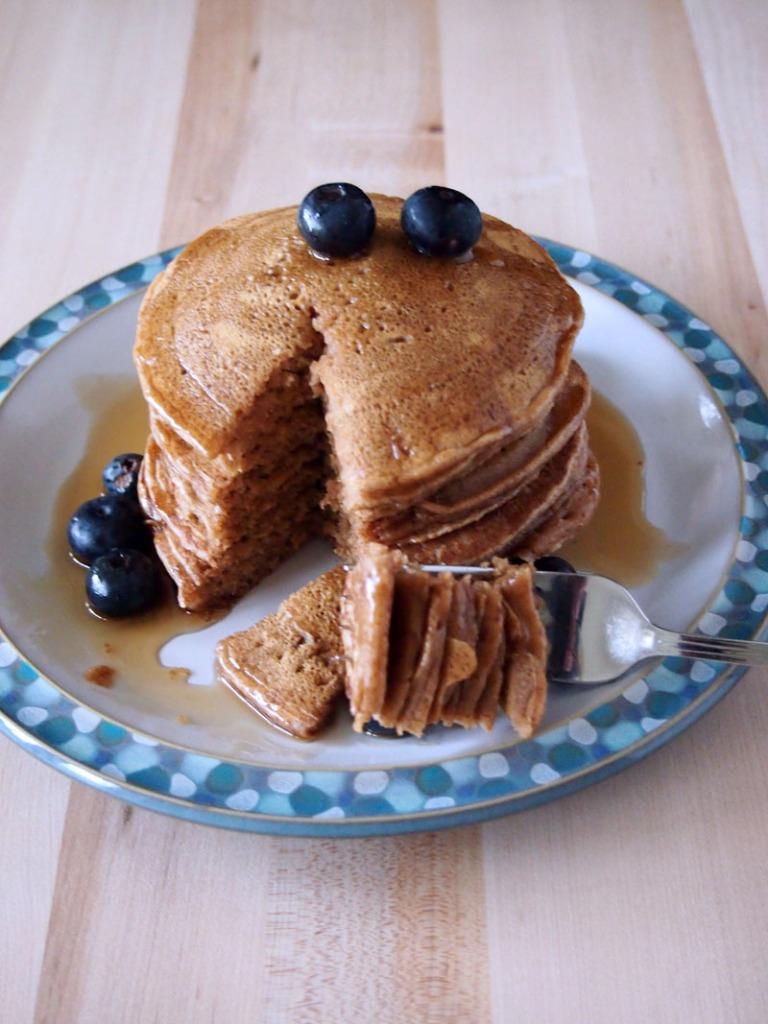 Cinnamon Vanilla Pancakes