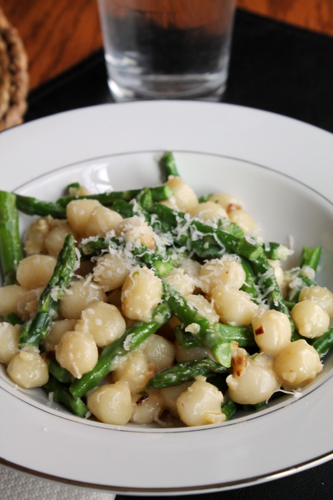 Gnocchetti with Asparagus and Garlic