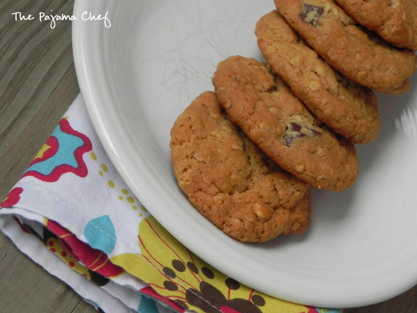 "Delightful little chocolate-studded oatmeal cookies filled with lots of peanut butter and honey flavor. Everyone will sneak open the cookie jar for ""just one more"" over and over again!"