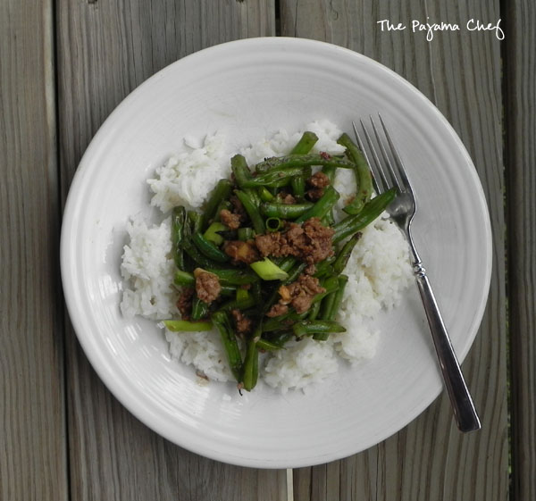 Szechuan Green Beans - a fantastic, flavorful weeknight stir fry via thepajamachef.com