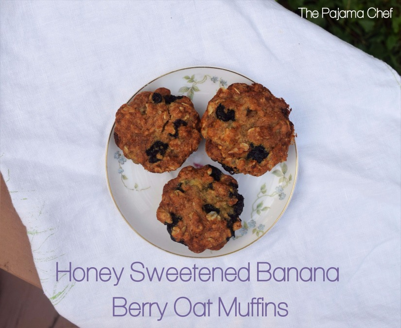 Easy banana berry oat muffins, sweetened with honey, are a great breakfast or snack. Little ones love these and so do big people too! #fantasticalfoodfight #honey #healthy #toddlerrecipes