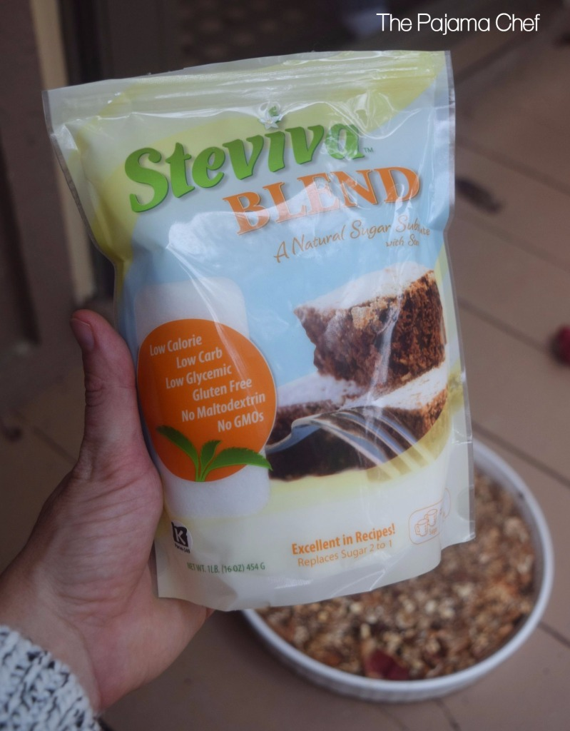 My recipe for Baked Pears and Apples with Crispy Granola Topping has been submitted for theSteviva Blogger Recipe Challenge. Product samples received in exchange for posting this recipe as part of the recipe challenge.#steviva #sweetandeasy
