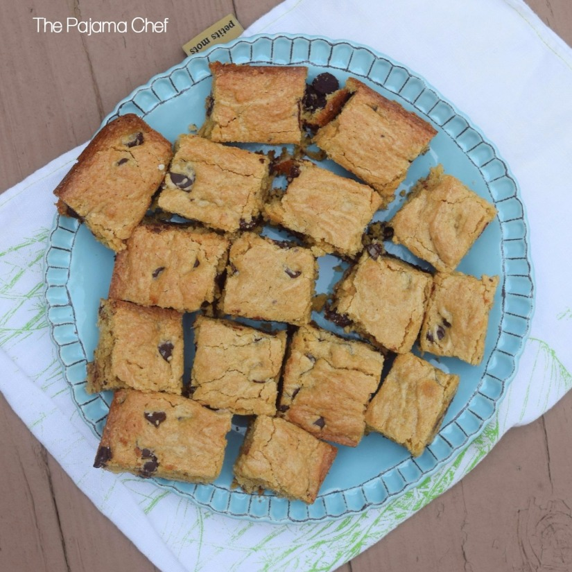 Chewy peanut butter bars with lots of milk chocolate chips. These seriously taste like a peanut butter brownie, and they are so easy! Add them to your holiday baking list, stat.